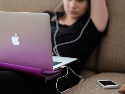 Adolescenti connessi